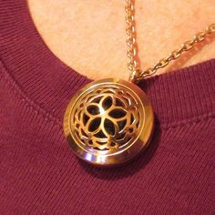 Aromatherapy Essential Oil Diffuser Necklace - Hypo-Allergenic Surgical Grade Stainless Steel