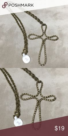 "Vintage large gold tone twisty cross Large gold tone cross, it measures a whopping 3.75"" X 2.75"". Chain measures 24"" long. Twisted metal design. Pre-owned vintage: tarnishing, minor surface scratches. Vintage Jewelry Necklaces"