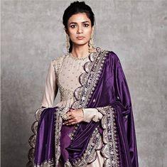 New Jayanti Reddy 2019 Lakme Fashion Week Collection - Indian Bridal Fashion, Indian Wedding Outfits, Bridal Outfits, Indian Outfits, Dress Indian Style, Indian Dresses, Indian Attire, Indian Wear, Jayanti Reddy