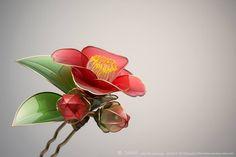 赤椿 簪 かんざし 【 藪椿 】 Kanzashi. Hair Stick.  Floral Hair Ornaments. Camellia Auction page ▶http://goo.gl/P7B7qu Flickr ▶http://www.flickr.com/photos/sakaefly Photo by RYOUKAN ABE (www.ryoukan-abe.com)