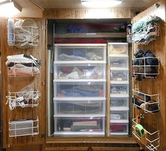camper ideas | RV Closet Idea | New camper ideas/organize by proteamundi