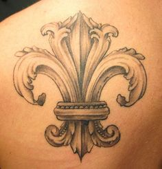 New tattoo to cover my surg scars?  maybe...