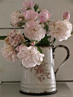 enamelware pitcher with roses