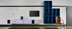Montana - TV/Hi-Fi furniture. (Idea: don´t center the TV)