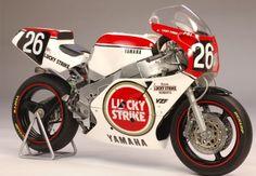 John KOCINSKI (USA) / Kal RAYBORN (USA)  Yamaha YZF750  Team LUCKY STRIKE ROBERTS They Qualified 8° Finished 3°. Suzuka 8h 1987 #ttf1