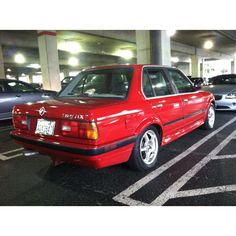 BMW 325ix. A pretty clean example that I spotted the other day.