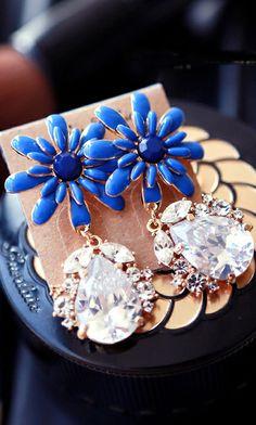 Amazing!!Flower zircon crystal drop earrings