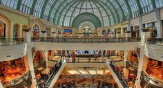Store: Dubai und Abu Dhabi Eröffnungstermine veröffentlicht - https://apfeleimer.de/2015/10/store-dubai-und-abu-dhabi-eroeffnungstermine-veroeffentlicht - Wie bereits berichtet, plant Apple auch in den arabischen Emiraten Retail Stores zu eröffnen. Das Eröffnungs-Event der beiden Stores in Abu Dhabi und Dubai wird am 29.Oktober dieses Jahres stattfinden. Dann werden die beiden Geschäfte zum ersten Mal ihre Ladentüren für neugierige Kunden öffnen. I...