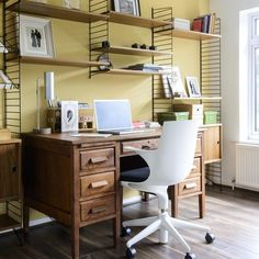 Wire shelving system (love the old teachers desk too) / Ideal Home