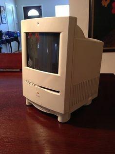 Macintosh Color Classic.