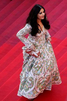 Aishwarya Rai Aishwarya Rai, Film Industry, Indian Beauty, Bollywood, Glamour, Lady, Model, Female Celebrities, Dresses