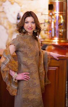 """Купить Платье валяное """"Gold Ornaments"""" - бежевый, пейсли, платье валяное, платье войлочное"""