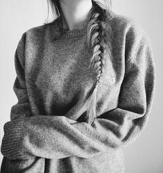 Oversized sweater + fishtail