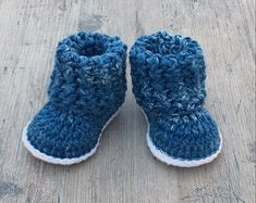 Cuffed Baby Booties Crochet Pattern- Sizes Months- Make the Perfect Gift Pattern Baby, Baby Patterns, Necktie Pattern, Baby Shower Gifts, Baby Gifts, Baby Messages, Baby Uggs, Crochet Baby Booties, Baby Bootees