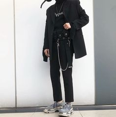 Korean Fashion Trends you can Steal – Designer Fashion Tips Grunge Outfits, Grunge Fashion, Look Fashion, Fashion Outfits, Mens Fashion, Fashion Sites, Fashion Guide, Fashion Boots, Korean Fashion Trends