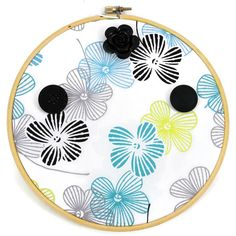 Poppies Wood Hoop Necklace And Bracelet Wall Hanger, Floral Decor... (€18) ❤ liked on Polyvore featuring home, home decor, wood home decor, poppy home decor, wood jewelry organizer, wooden home decor and wooden jewelry organizer