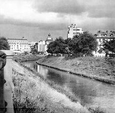 Istoria tragică a cartierului Izvor - Bucurestii Vechi si Noi Snow, Film, Outdoor, Military, Park, Movie, Outdoors, Film Stock, Cinema