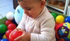 Activités Montessori pour les 6-12 mois