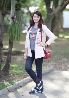 http://www.justlia.com.br/2014/05/look-do-dia-jeans-e-tenis/ Jeans and New Balance