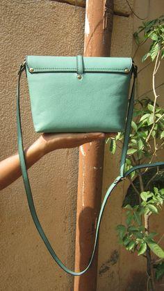 Sea Green Little Stella, Chiaroscuro, India, Pure Leather, Handbag, Bag, Workshop Made, Leather, Bags, Handmade, Artisanal, Leather Work, Leather Workshop, Fashion, Women's Fashion, Women's Accessories, Accessories, Handcrafted, Made In India, Chiaroscuro Bags - 2