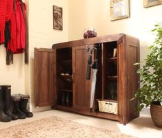 contemporary solid walnut extra large shoe cupboard from baumhaus walnut is a very high quality timber with a dense grain this makes it the perfect choice baumhaus mobel solid oak extra large shoe