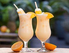 Cocktail Shots, Cocktail Night, Cocktail Sauce, Thanksgiving Crafts For Kids, Getting Drunk, Garden Cafe, Summer Cocktails, Baileys, High Tea