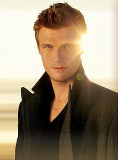 I feel sad that I find Nick Carter so hott these days after so many years favoring Justin Timberlake!!