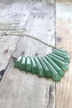Green Statement Necklace, Silver Green Aventurine Necklace, Semi Precious Gemstone Jewelry, Natural Stone Fan Necklace, Boho Chic Jewelry