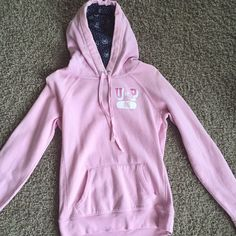 PINK Sweatshirt Pullover PINK pullover sweatshirt. Even though this has been used, it's in excellent condition! No tears no stains no snags.  Help this retro PINK sweatshirt find a new home! PINK Victoria's Secret Tops Sweatshirts & Hoodies