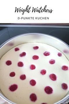 Skyr Raspberry Cake - Zero Points Cake by Weight Watchers Watchers 0 -. - Skyr Raspberry Cake – Zero Points Cake by Weight Watchers Watchers 0 point cake with ras - Weight Watchers Kuchen, Dessert Weight Watchers, Plats Weight Watchers, Weight Watchers Meals, Low Carb Desserts, Healthy Desserts, Snack Recipes, Dessert Recipes, Snacks