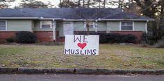 """#موسوعة_اليمن_الإخبارية l صحيفة أمريكية عريقة تعتذر للمسلمين عن تصرفات ترامب """"الهستيرية والظالمة"""""""