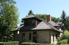 A historic home in the Point McKay neighbourhood #pointmckay #yyc