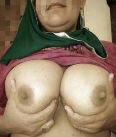 Mature cuckold wife breeding