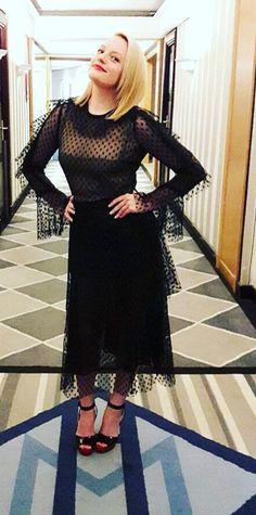 Elizabeth Moss, Asd, Dresses With Sleeves, Long Sleeve, Fashion, Actresses, Movies, Moda, Sleeve Dresses