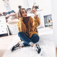Likes, 53 Comments - Where fashion meets modesty (life Girl Muslim - Hijab+ Modern Hijab Fashion, Hijab Fashion Inspiration, Islamic Fashion, Muslim Fashion, Fashion Wear, Modest Fashion, Fashion Trends, Hijab Style, Hijab Chic