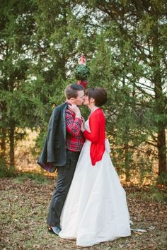 """wear your wedding dress for your first Christmas cards as a married couple and make it Christmasy! Too cute """"Have yourself a married little Christmas"""""""