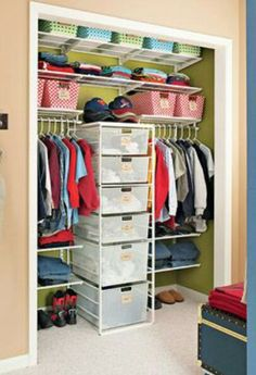 Love the drawer option included! My son's room is small. I think this combo would allow us to nix the dresser and gain floor space.