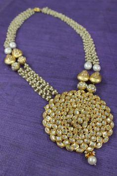 Zarna big pendant necklace