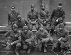 INFANTRY REGIMENT (aka the Harlem Hellfighters of WWI; one of the most distinguished units; on the front lines of WWI for 6 months, longer than any other American unit in the war; 171 members of the Harlem Hellfighters were awarded the Legion of Merit) Black History Facts, Black History Month, Strange History, By Any Means Necessary, Harlem Renaissance, Renaissance Fashion, American Soldiers, American War, American Group