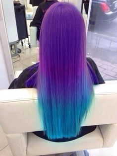Purple to turquoise neon ombre hair on long straight hair ♥ Pinterest : Elisa Gyn