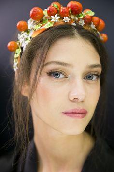 Dolce & Gabbana spring 2016 Romanian model Diana Moldovan