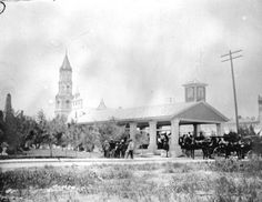 People on plaza at St. Augustine, FL in 1895
