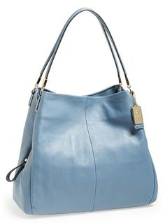 lovely #leather shoulder bag  http://rstyle.me/n/fz8agpdpe