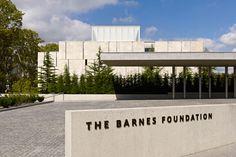 The Barnes Foundation monument sign