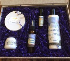 Elevation Gift Box is filled with body and bath products made with organic ingredients and essential oils. Elevation is the perfect blend for those moments when you need to be revitalized. Elevation combines Lavandin, Lavender, Melissa, Ylang Ylang, Osmanthus, Tangerine, Elemi,  Sandalwood, and Lemon Myrtle. From my Etsy shop https://www.etsy.com/listing/480063002/body-and-bath-gift-boxes  #LunaV #ElevationGiftBox #OrganicBodyAndBath #doterra #EssentialOils #AromaTherapy #Revitalize