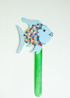 Rainbow Fish Puppet Kids Craft Kit, Create along while you read, for Toddlers, Birthday, Party, Preschool. $4.00, via Etsy.