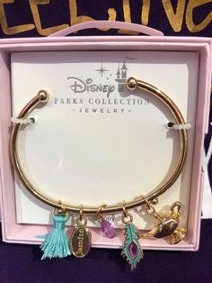 Jasmine jewelry from the Disney Parks collection is great - jewelry accessories ideas Disney Pandora Bracelet, Pandora Bracelets, Pandora Jewelry, Pandora Pandora, Charm Bracelets, Simple Jewelry, Cute Jewelry, Charm Jewelry, Jewelry Accessories