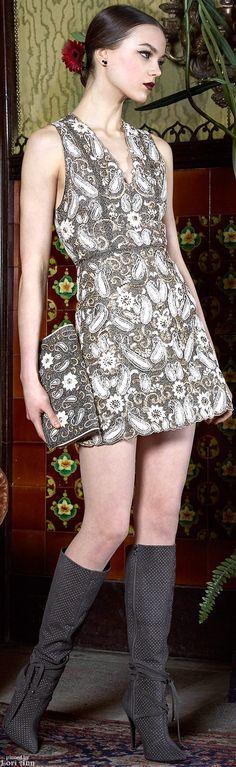Alice + Olivia Fall 2015 Ready-to-Wear Fashion Line, High Fashion, Fashion Show, Ladies Fashion, Moda Chic, Elegant Woman, Fashion Pictures, Alice Olivia, African Fashion