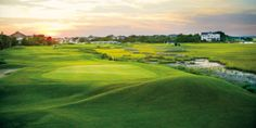 Wild Dunes one of the few top golf resorts in the Carolinas with finishing holes on the ocean. #Jetsetter