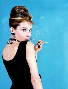 """""""Audrey Hepburn in a promotional still for Breakfast at Tiffany's, Audrey Hepburn Born, Audrey Hepburn Photos, George Peppard, Marlene Dietrich, Old Hollywood Glamour, Golden Age Of Hollywood, Brigitte Bardot, Meghan Markle, Tiffany Costume"""